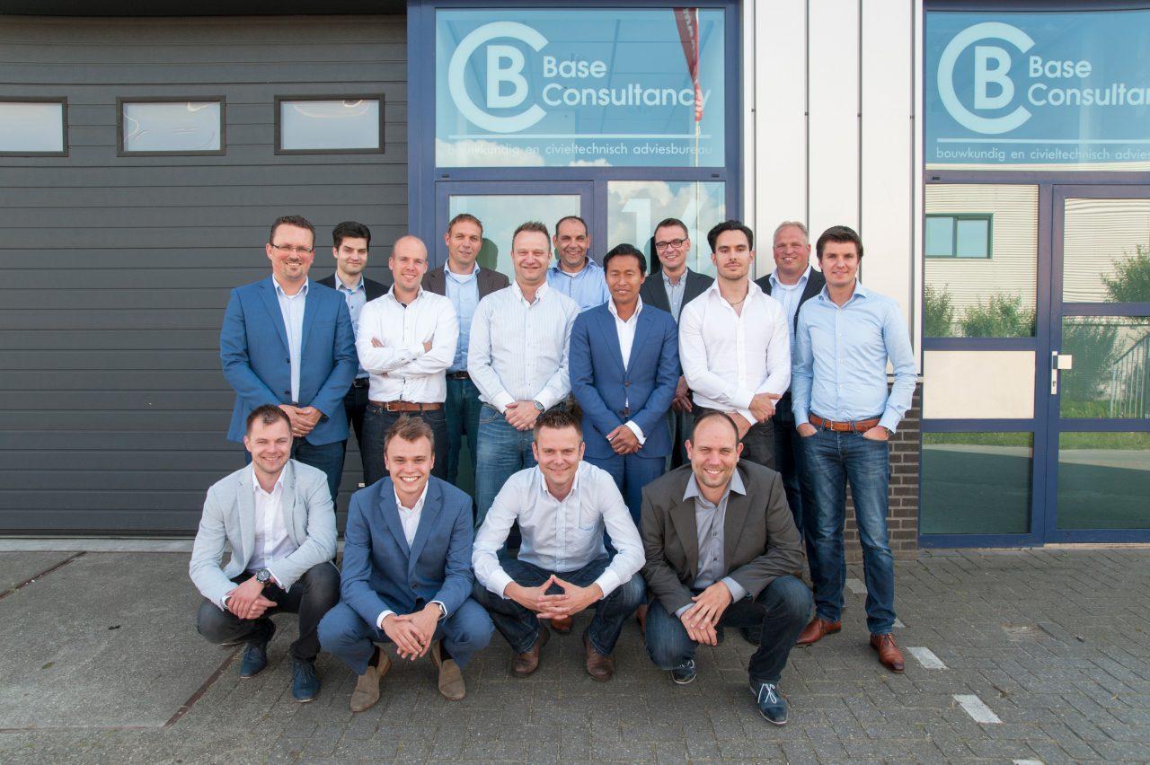 Teamfoto's medewerkers Base Consultancy